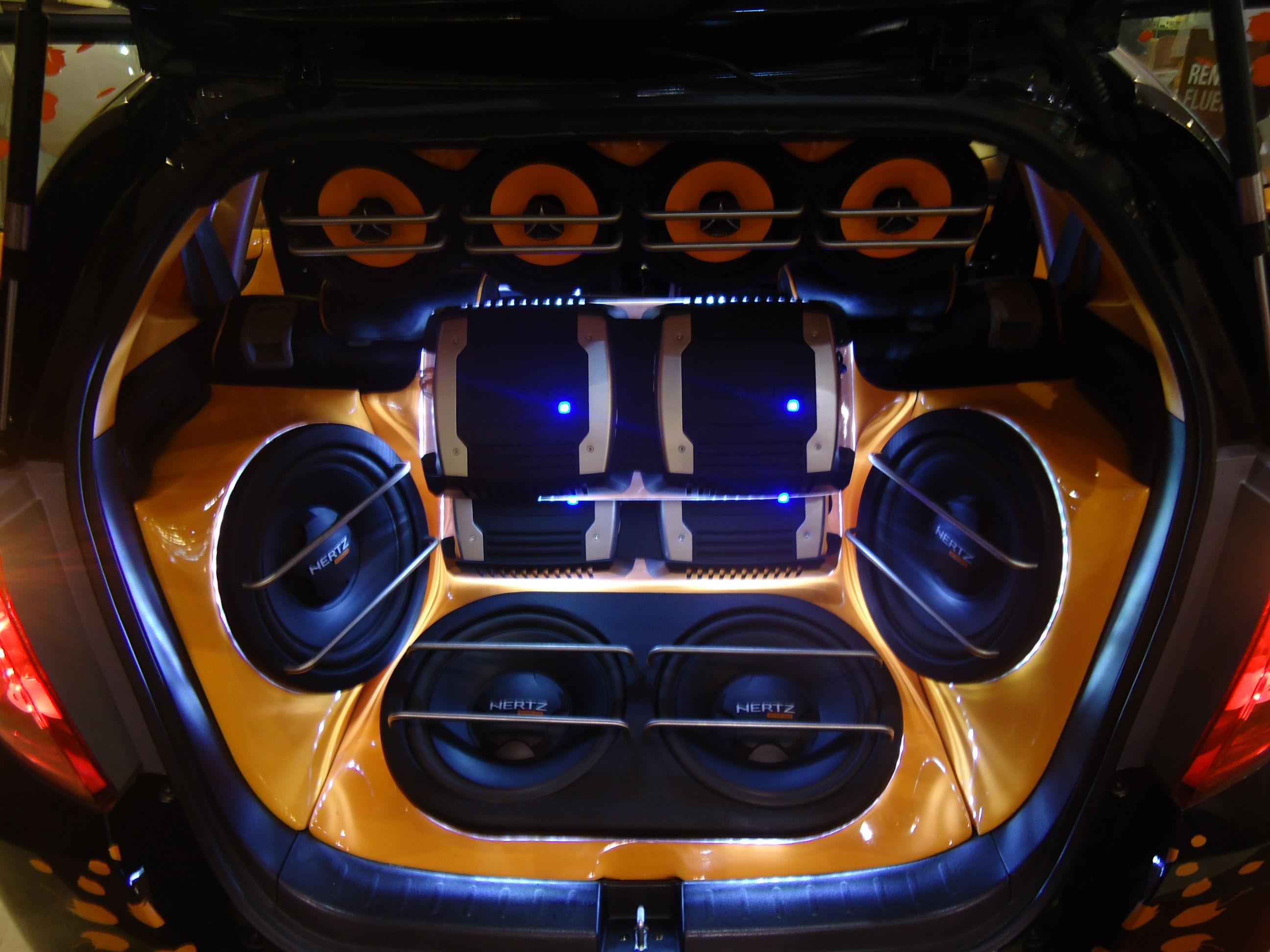 قیمت سیستم صوتی خودرو به چه عواملی بستگی دارد؟